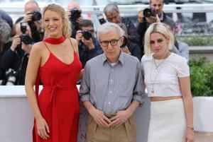 Kristen-Stewart-Blake-Lively-stun-on-Cannes-red-carpet